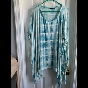 Over sized TUNIC top!